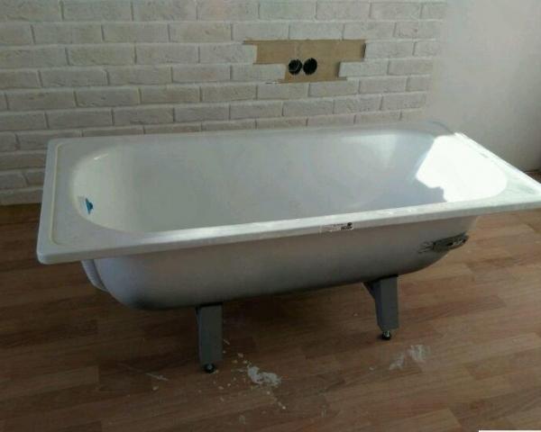 Вывоз стальной ванной